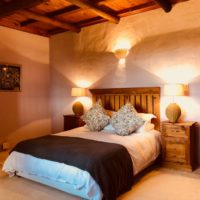 Farm Stay accommodation Packwood Country House; The Lavendar Room,