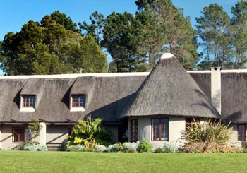 Winery accommodation Western cape; farm stay country cottages on The Garden Route