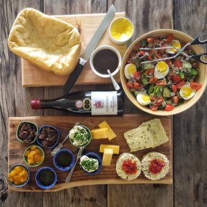 The lunchbox at Packwood serves delicious cheese platters and Packwood wine