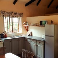Self catering accommodation, Hill cottage kitchen